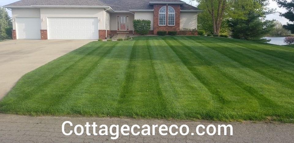 lawn-care-three-rivers-mi